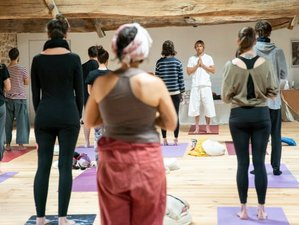 8 Day Traditional Non-Dual Hatha Yoga Immersion in Beautiful Beaujolais, Saint-Just-d'Avray