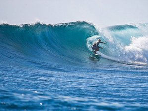 7 Days Blue Bowls Surf Camp in Vaadhoo, Republic of Maldives