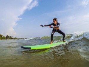 8 Days Surf Lessons in Ahangama, Sri Lanka