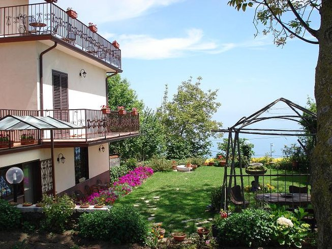 8 Days Mountain & Sea Cooking Holidays in Italy