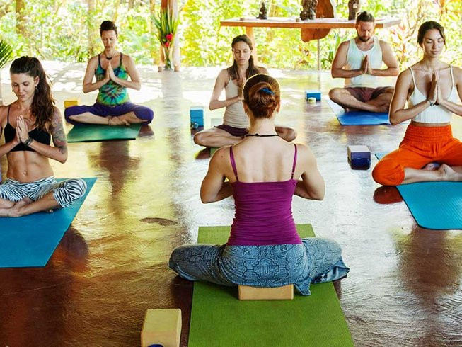 8 Days Rejuvenating Yoga Retreat in Costa Rica