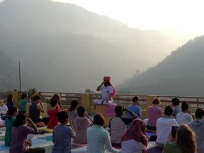 11 Days Meditation Yoga Retreat in India