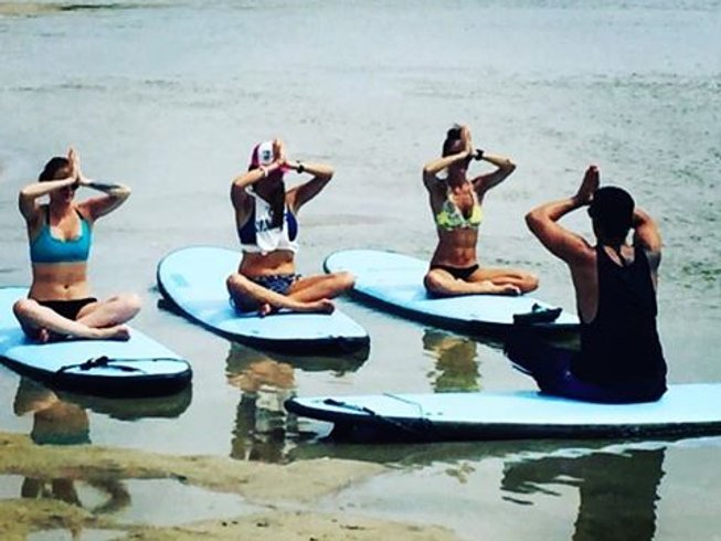 7 Days SUP, Surf and Yoga Retreat in Tamarindo, Costa Rica