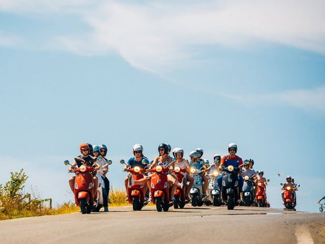 7 Days Vespa Motorcycle Tour Tuscany, Italy