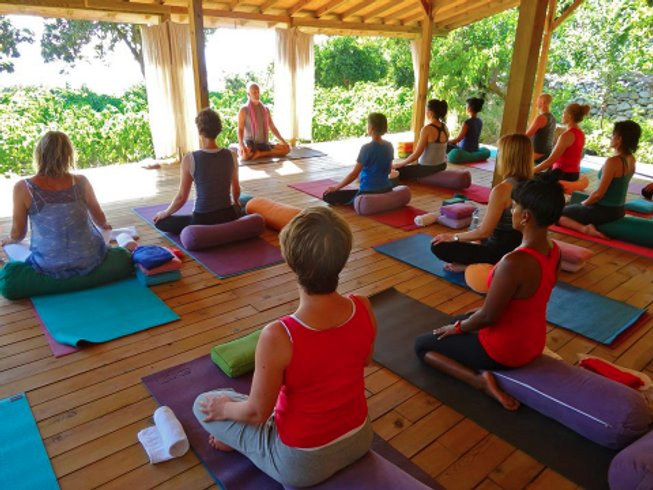 30 Days 200-Hour Yin and Yang YTT in Thailand