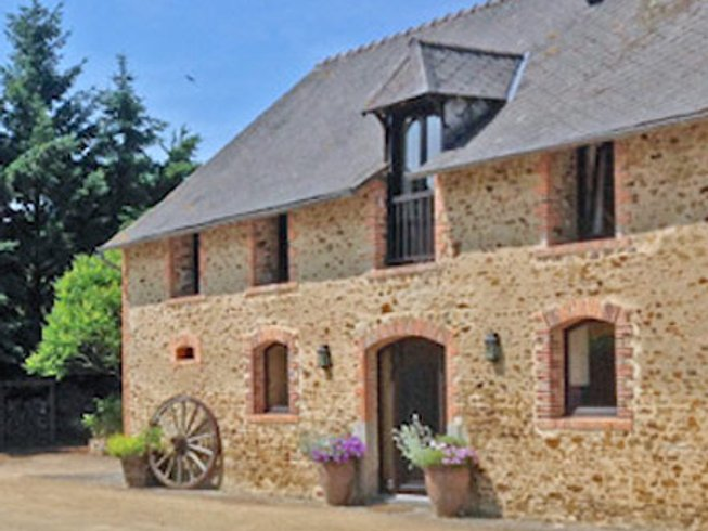 6 Days Cooking at the Farm Cooking Holidays in Mayenne, France