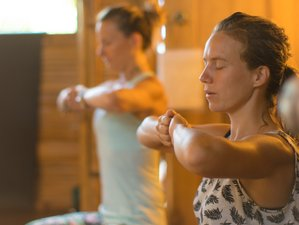 28 Days 200-Hour Vinyasa Flow Yoga Teacher Training in Ecuador