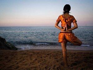 7 días en un curso de formación de profesores de yoga en Sant Pol de Mar, Barcelona