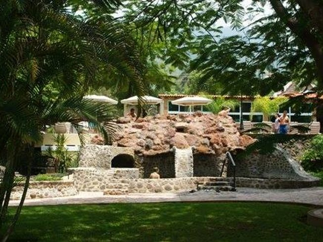 8 Days 7 Night Yoga, Spa, Hot Springs, and Nature Retreat in Chapala, Mexico