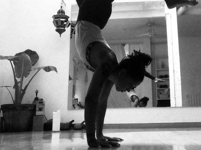 8 days Vinyasa and Yin Yoga Surf Retreat: Move & Contemplate in Fuerteventura