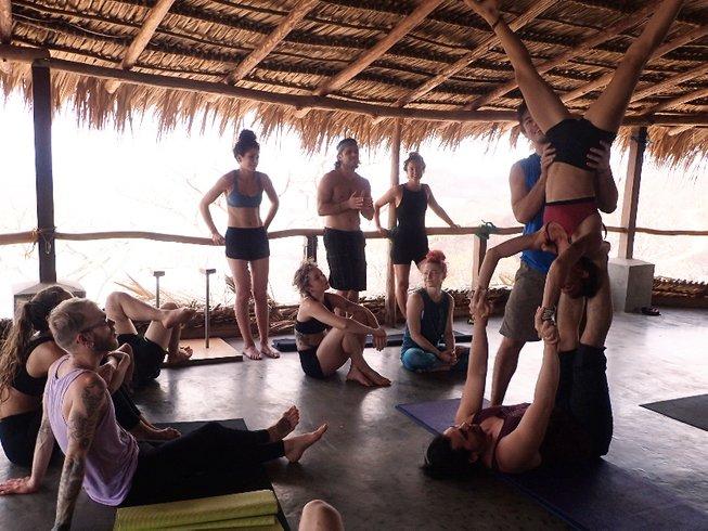 8-Daagse Verfrissende Acro en Aerial Yoga en Meditatie Retraite in Bali, Indonesië