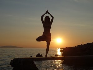 7 Days Hatha Yoga Beach Holiday with a Certified Teacher in Gokarna, India