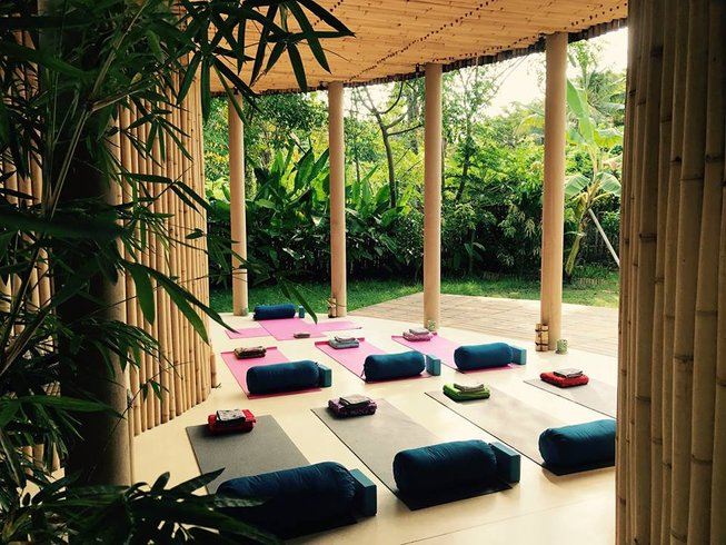 9 Days Massage Workshop and Yoga Retreat in Gili Air, Indonesia
