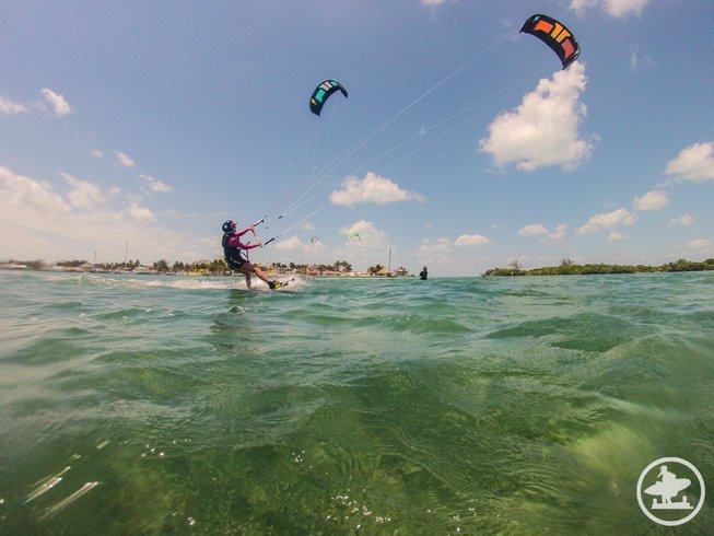 8 Tage Deluxe Kiteboarding und Yoga Camp Retreat in Belize