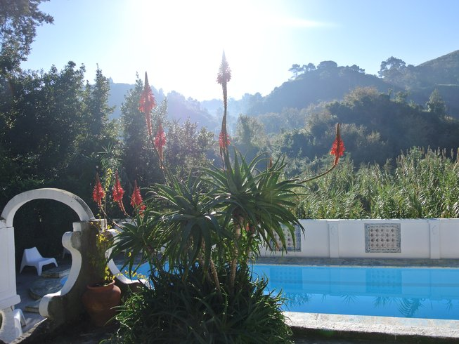 8 Tage Surf und Yoga Retreat in Columbeira, Portugal