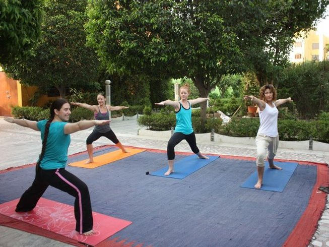 29 Days Weight Loss Yoga Retreat in India