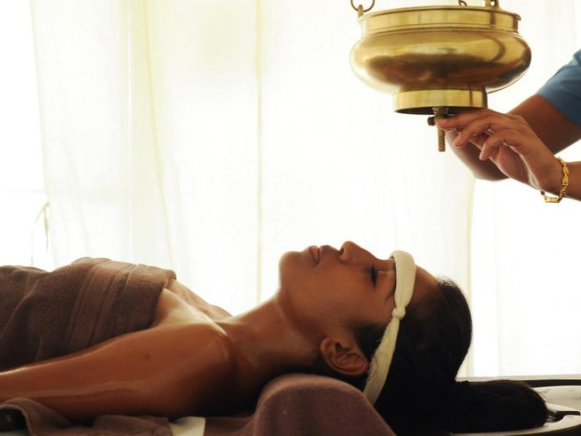 8 Days Spa and Yoga Retreat in India