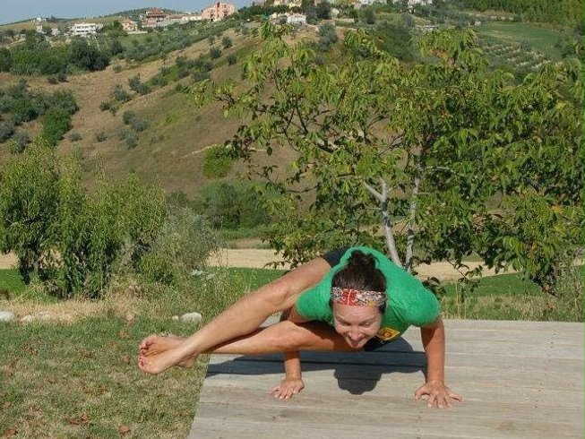7 Days Yoga Retreat in Italy with Michelle Oliver