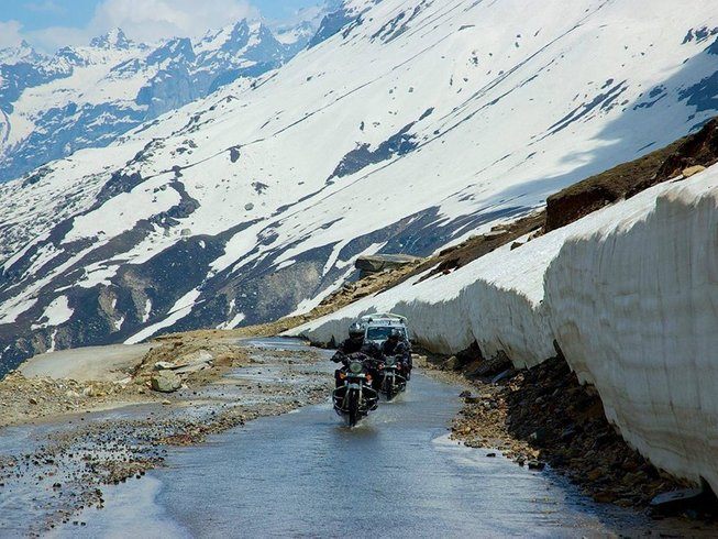 10 Days Motorcycle Tour to Spiti Valley, India