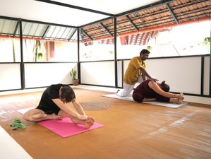 14 Day Panchakarma Detox and Yoga Retreat in Kerala