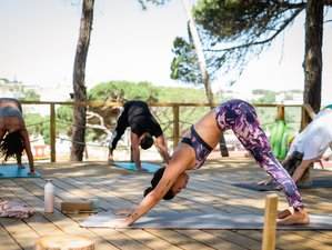 4 Day Mini Surf and Yoga Retreat in Lisbon