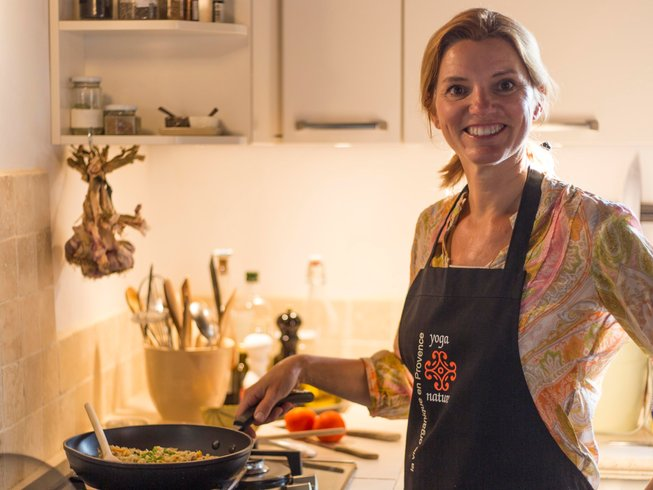 2 Days Yoga & Cooking Weekend in Kent, England