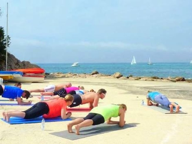 7 Days Relaxing Women's Yoga Retreat in Spain