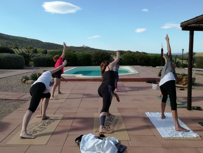 4 days food wine and yoga retreat in tuscany italy for Yoga and wine retreat