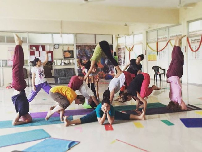 28 Days 300-hours India Yoga Teacher Training