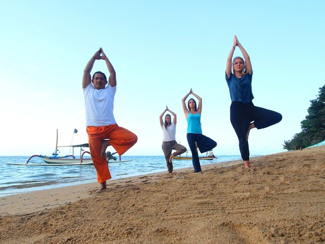 4 Days Surf and Yoga Retreat Bali