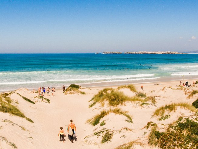 5 jours en stage de yoga et de surf à Columbeira, Portugal