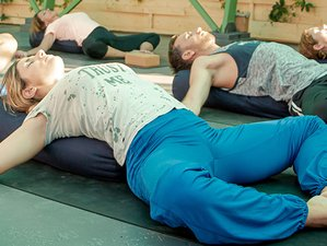 10 Day 100-Hour The Complete Yin Yoga Teacher Training Level 1 in Corfu