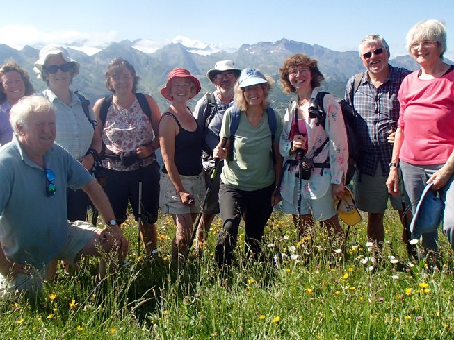 3 Days Hiking, Wine Tasting, Meditation, and Yoga Retreat in the French Alps, France