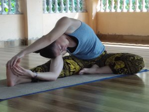 10 Days Wellbeing and Weight Loss Yoga Retreat in Kerala