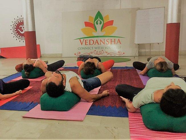 10 jours en retraite de yoga et méditation à Pâques à Rishikesh, Inde