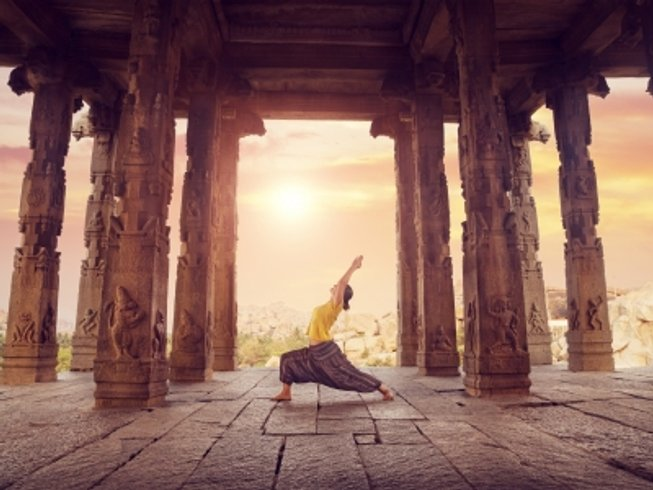 17 Days Discover the Guru Within Yoga Retreat in North India