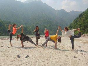 3 Days Himalayan Yoga Retreat and Holy City Exploration in Rishikesh, India