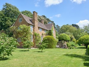 4 Day Luxury Immersion Weekend: Self-Healing Retreat for Women in the Cotswolds, England