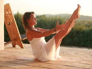 3 Days Weekend Spring Yoga Retreat in UK