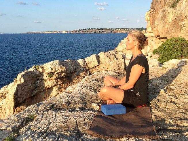 8 días retiro de yoga para parejas en España