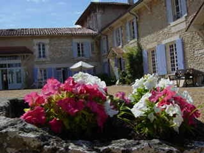 8 Days Weightloss Health Fitness, Pilates, Meditation, and Yoga Retreat in Charente, France