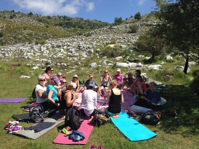 5 Days Culinary Vacation, Hiking and Yoga Retreat in the South of France