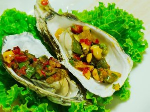 4 Days Culinary Vacation in Hanoi and Ha Long Bay, Vietnam