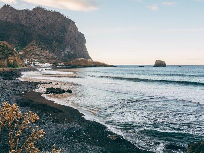 6 Days Surf Camp in Porto da Cruz, Machico, Portugal