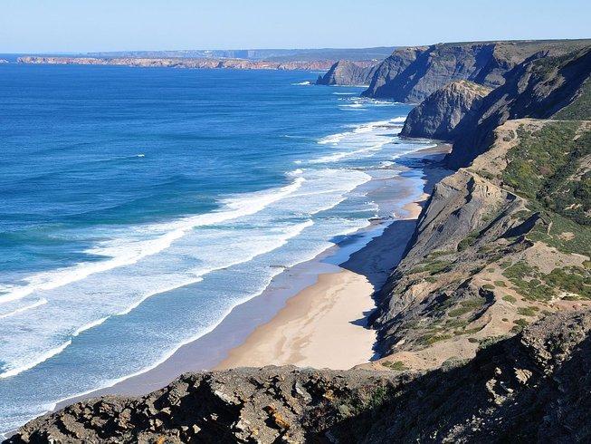 5 Tage Surf und Yoga Urlaub für AnfängerInnen in Sagres, Portugal