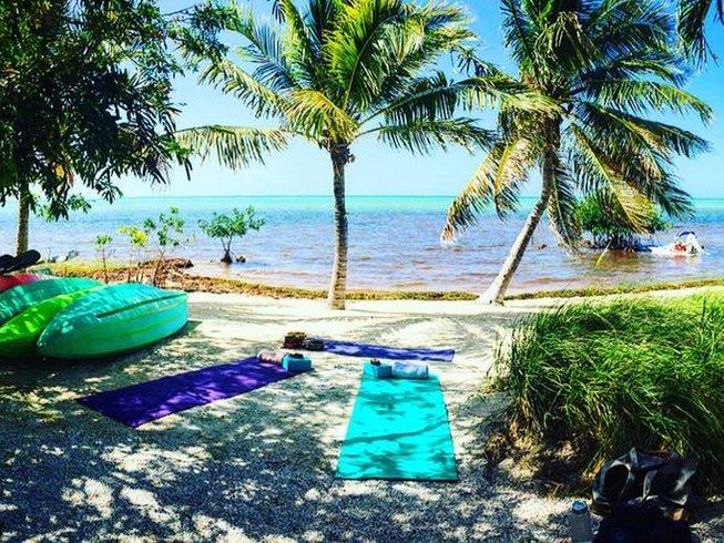 8 días de retiro de yoga en isla de lujo en Estados Unidos