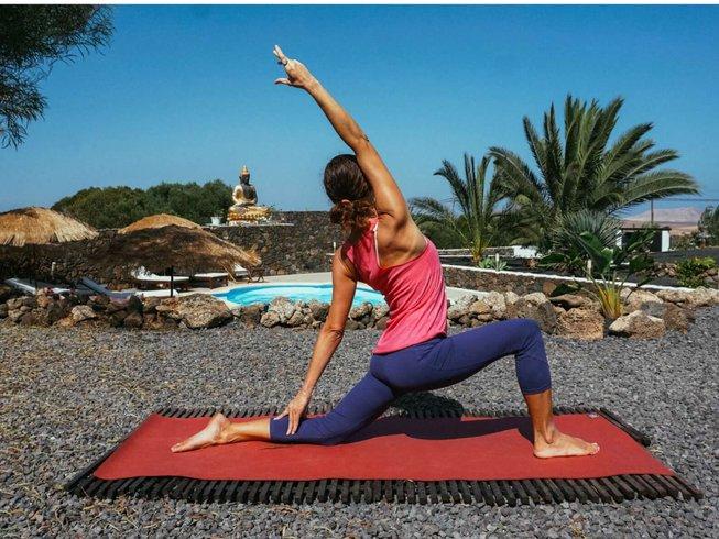 6d633d71af 8 Days Moon Sequence Yoga and Meditation Retreat in Fuerteventura, Spain -  BookYogaRetreats.com