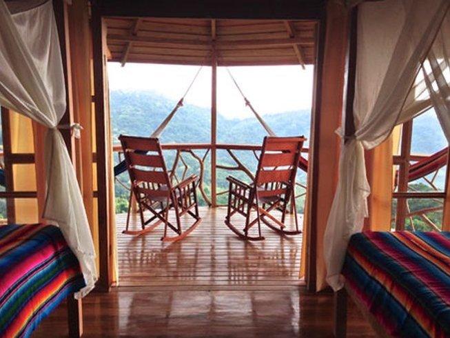 9 días retiro de surf y yoga en Costa Rica