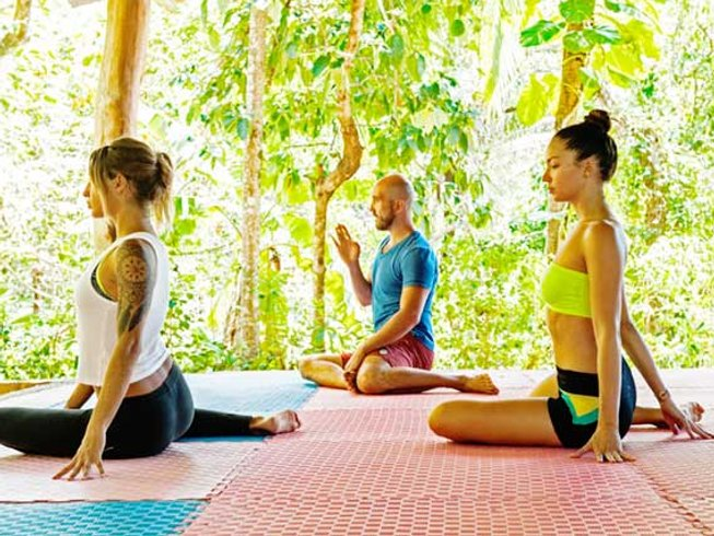 8 Days Raw Food Culinary and Yoga Retreat in Gunacaste, Costa Rica