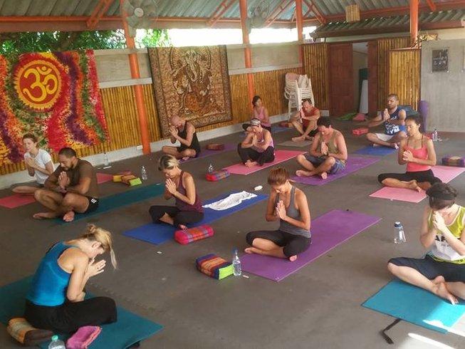 4 días retiro de yoga detox en Tailandia